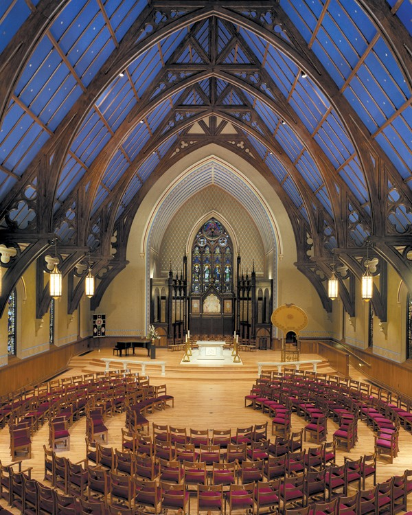 Glazing and gilding church restoration