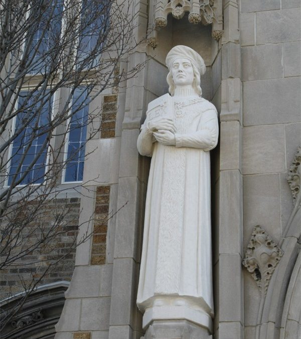 University of Notre Dame, Law School Chapel Statues