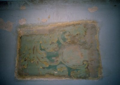 An 'exposure window' shows removed layers of paint and the reveal of the historic decorative painting from days gone by