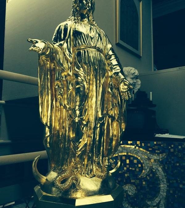 Morris Inn – Gilded Statue of St. Mary