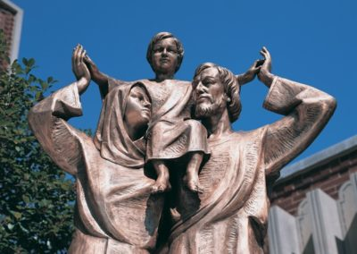 Bronze Holy Family statue, Holy Family Church, Whitefish Bay, WI - Photo: Photo Concepts