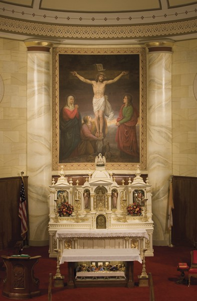 Side Altar - Photo: Moberly Photography